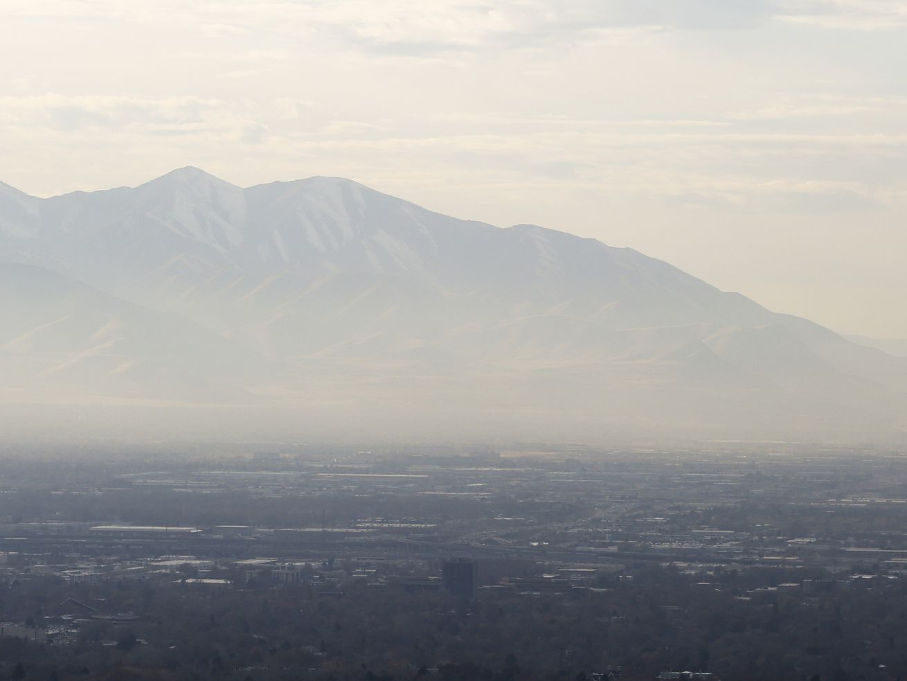 Hazy skies and dry weather persists for northern Utah