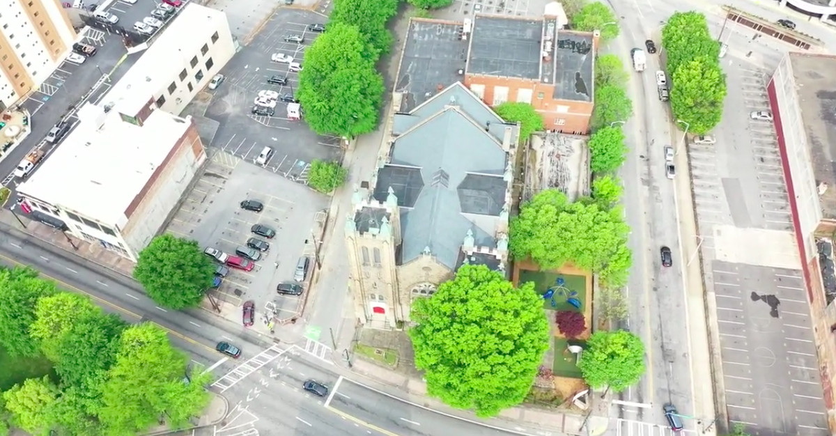 A drone image of a church in downtown Atlanta.