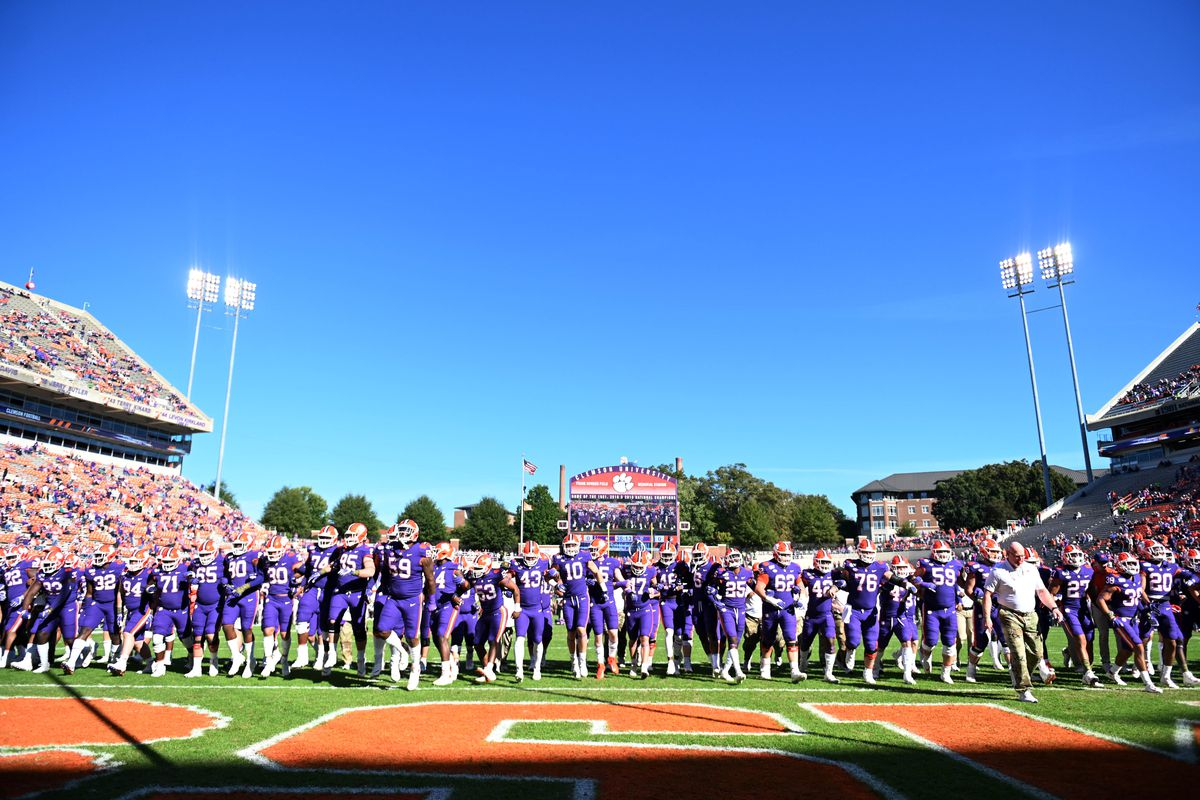 Clemson Vs Wofford Tigers Cruise Past The Terriers For