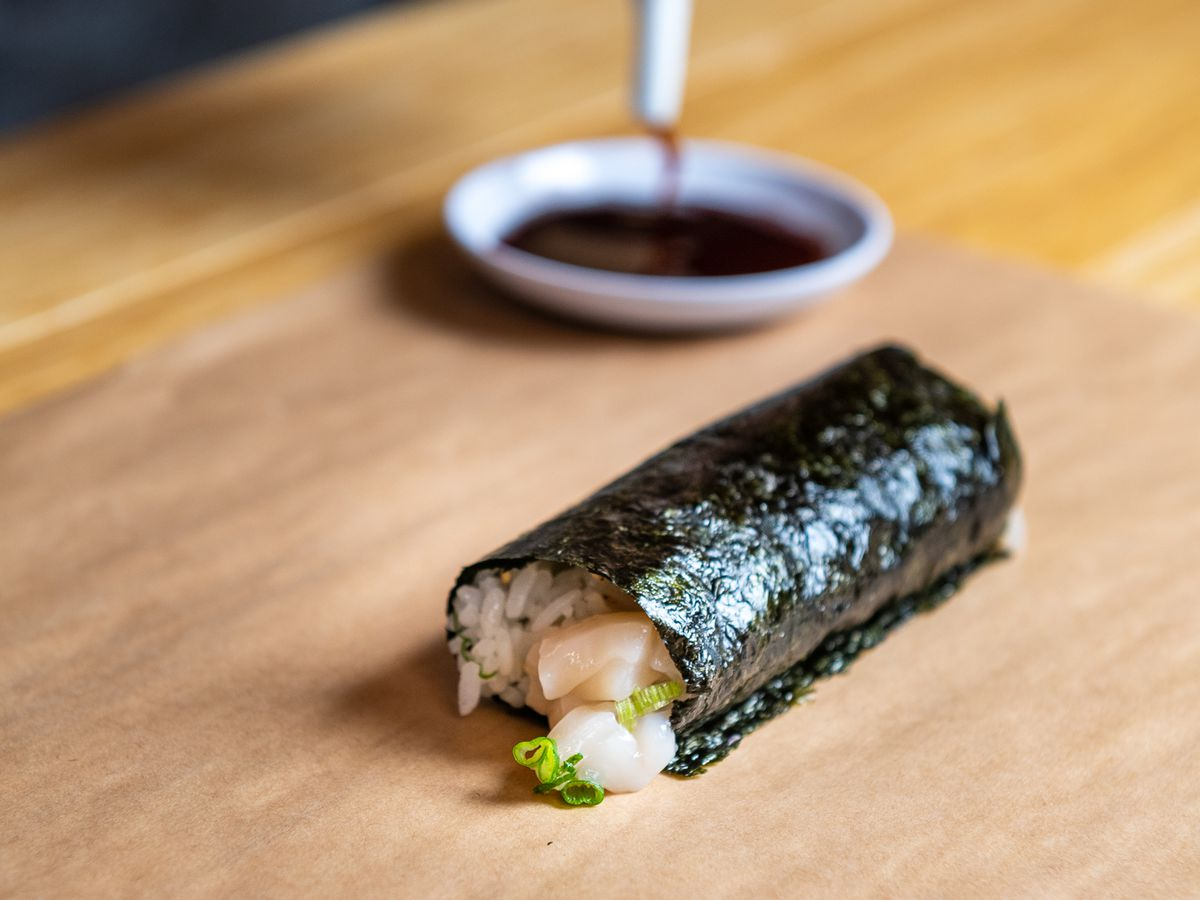 A hand roll from Handover