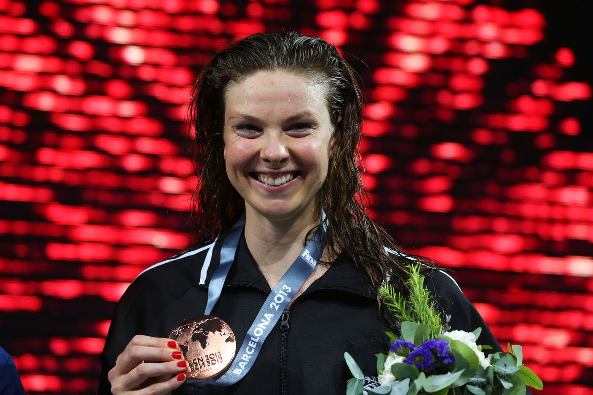 Lauren Boyle (New Zealand) and her haul of 3 Bronzes in this year's World Championship means that she deserves to have her photo on the CGB front page.