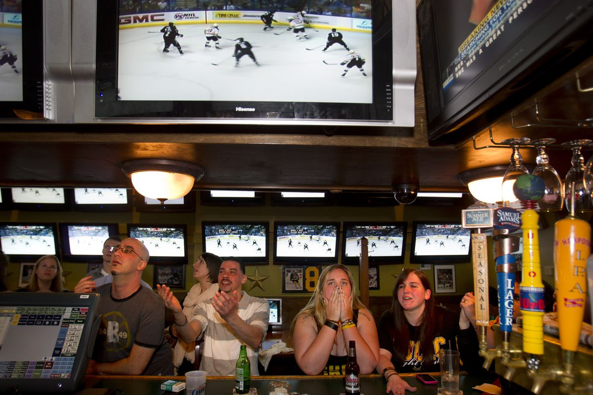 Boston Bruins Fans At Sports Grille And Bar
