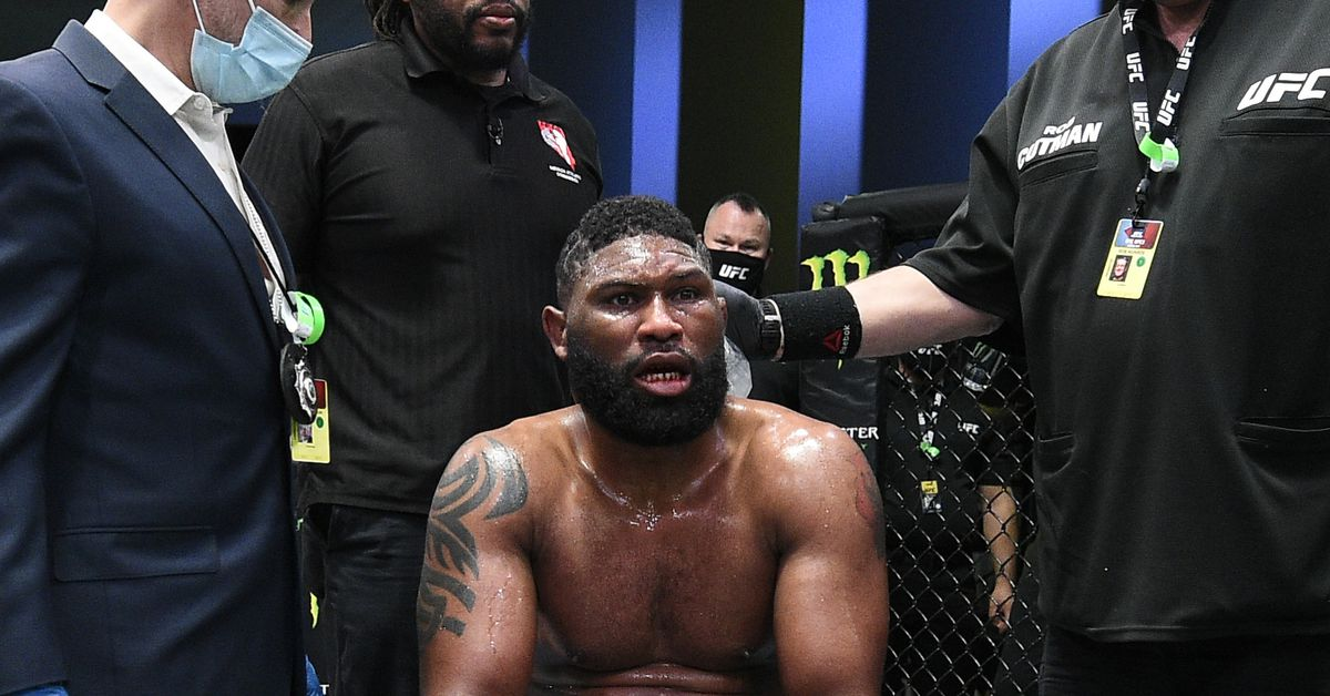 Editorial: Blaydes' brutal KO loss puts him in no man's land thumbnail