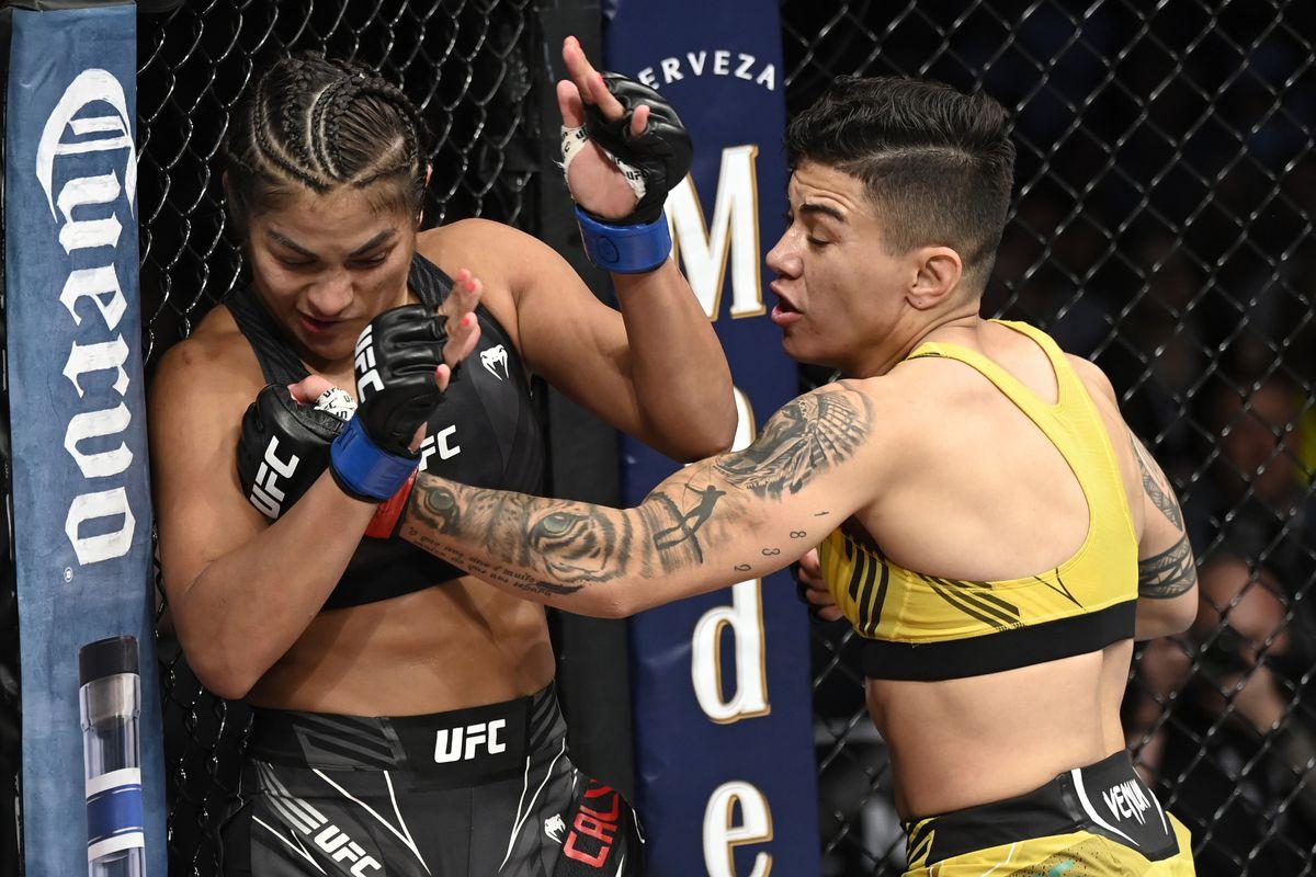 UFC 266: Andrade v Calvillo