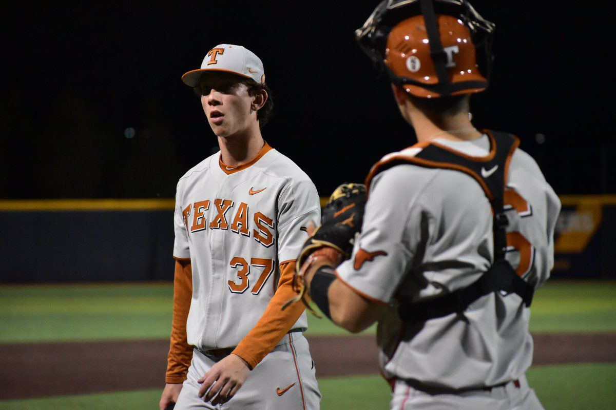 f4dfe049aba66 Texas baseball rides late inning surge to defeat West Virginia 11-6. New