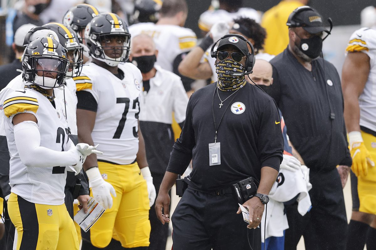 Head coach Mike Tomlin of the Pittsburgh Steelers looks on against the Jacksonville Jaguars at TIAA Bank Field on November 22, 2020 in Jacksonville, Florida.