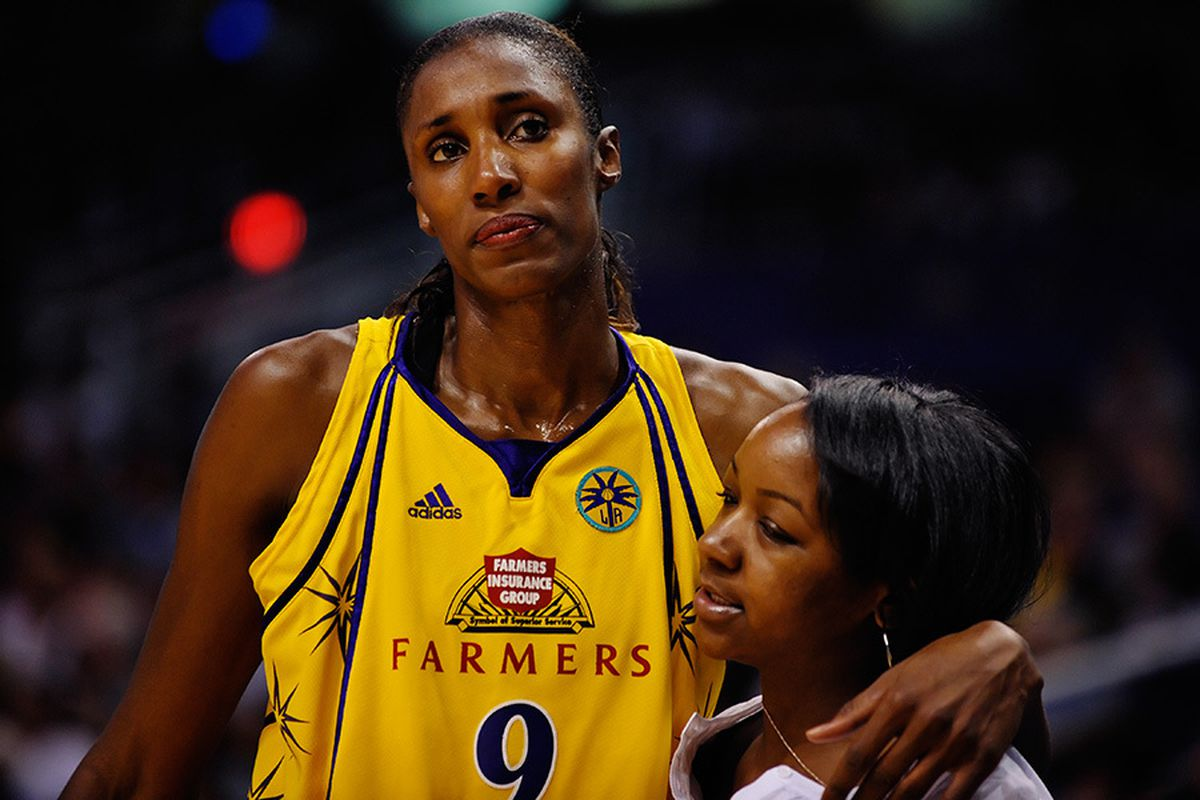 The last time the Phoenix Mercury saw Lisa Leslie she was being helped off the floor in the 1st quarter with a severely sprained knee. Leslie is now back from injury and averaging 15 points and 7 rebounds in the final year of her great career.