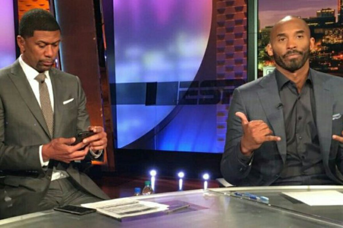 Kobe Bryant stars in commercial with Jalen Rose