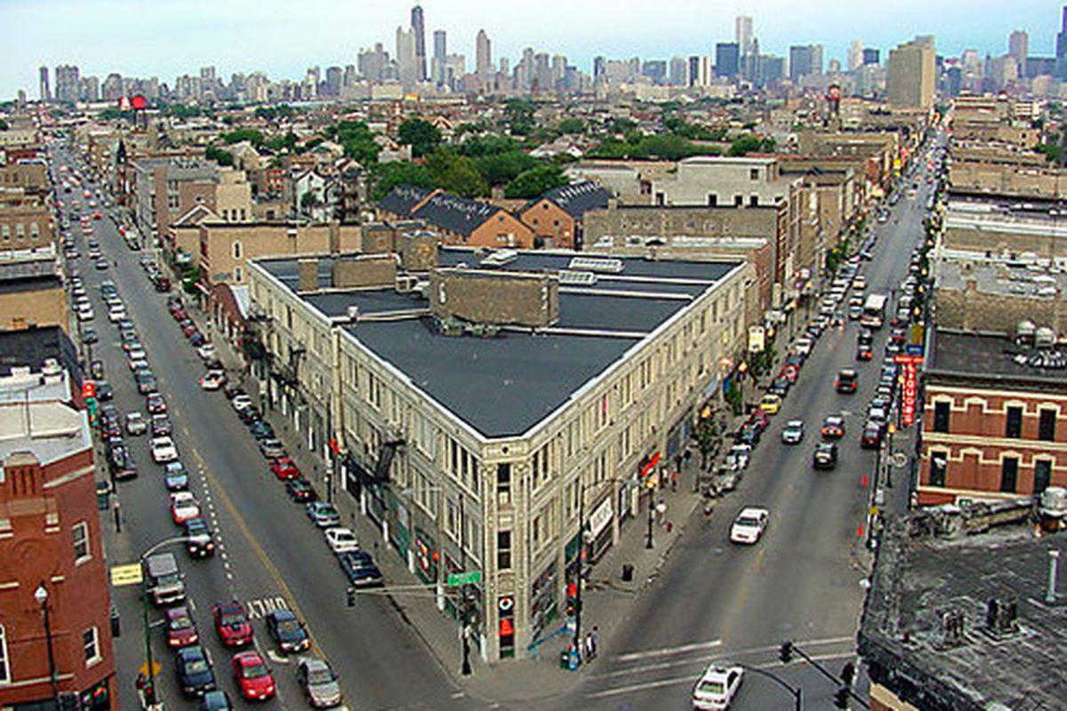 "Image via <a href=""http://www.10best.com/destinations/illinois/chicago/wicker-park/shopping/wicker-park-bucktown/"">10Best</a>"