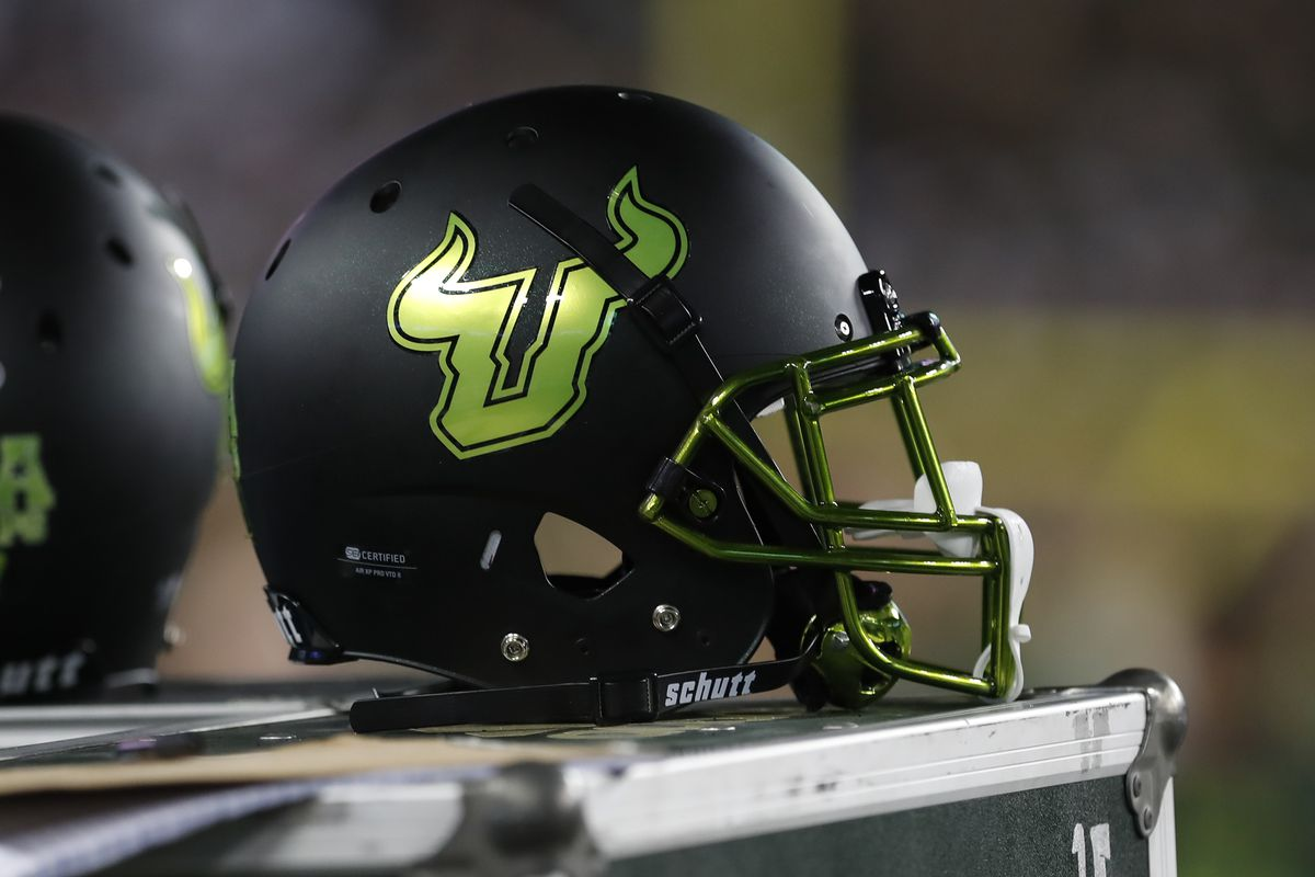 COLLEGE FOOTBALL: OCT 20 UConn at USF