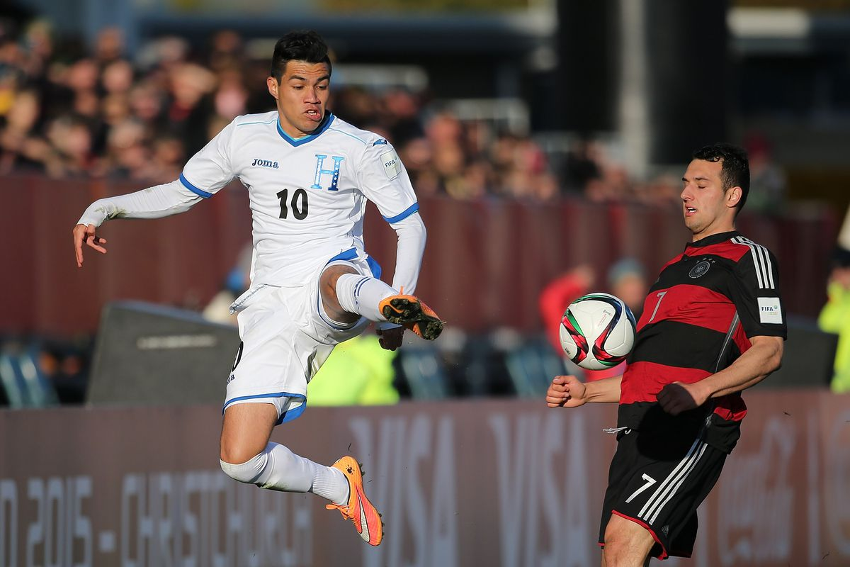 Escalante with the Honduran National Team during the FIFA U-20 World Cup