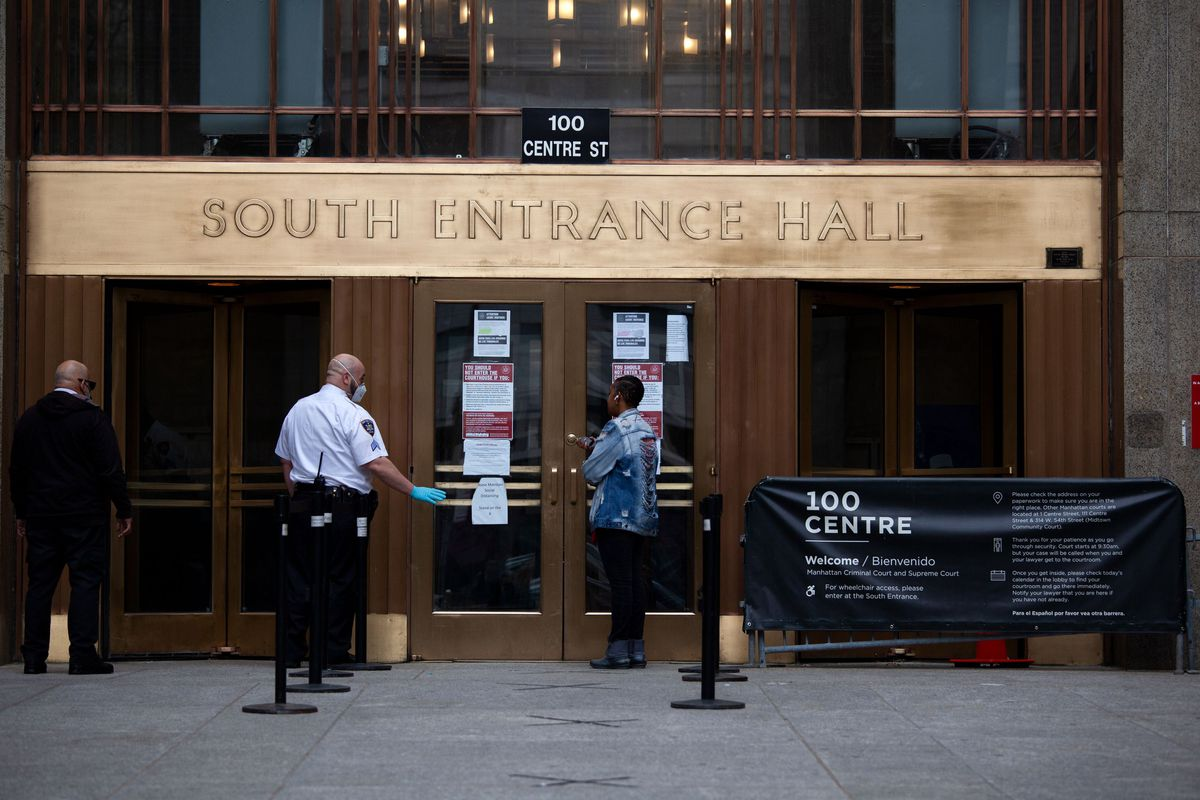 An entrance to Manhattan Criminal Court during the coronavirus outbreak.