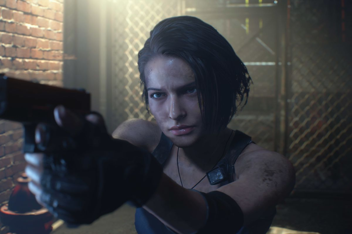 Jill Valentine aims her pistol at something offscreen in a screenshot from the Resident Evil 3 remake.