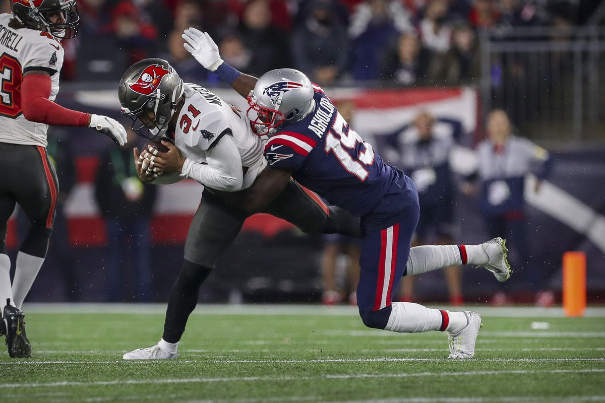 NFL: Tampa Bay Buccaneers at New England Patriots