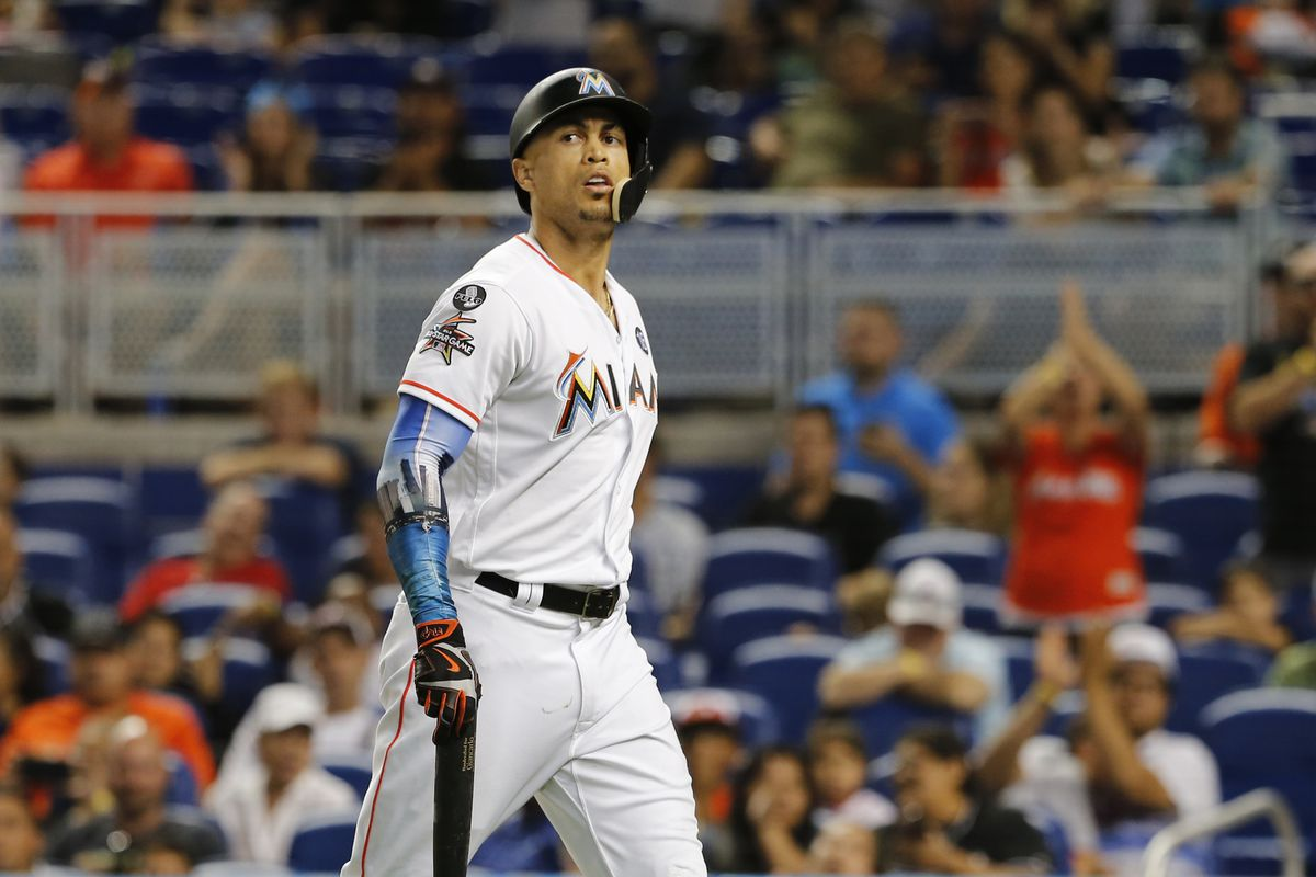 Giancarlo Stanton to meet with Jeter, new Marlins owners after World Series