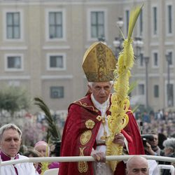 Pope Benedict XVI celebrates the Palm Sunday mass at St. Peter's square at the Vatican, Sunday, April 1, 2012.