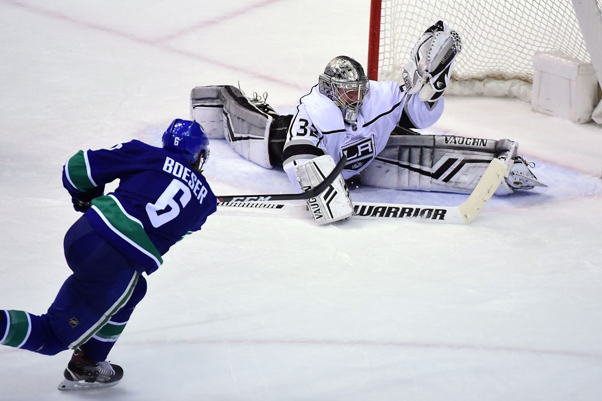 low priced 6cb2f b6bb7 Vancouver Canucks Pacific Division Rival Preview: Los ...