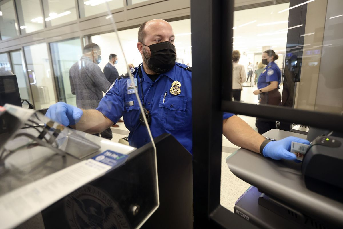 A new initiative would require airlines to weigh passengers