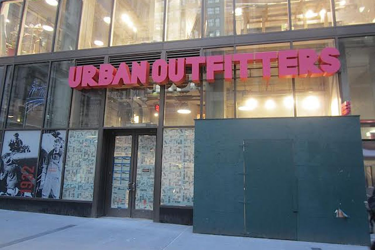 Urban Outfitters signage arrives on Lower Broadway