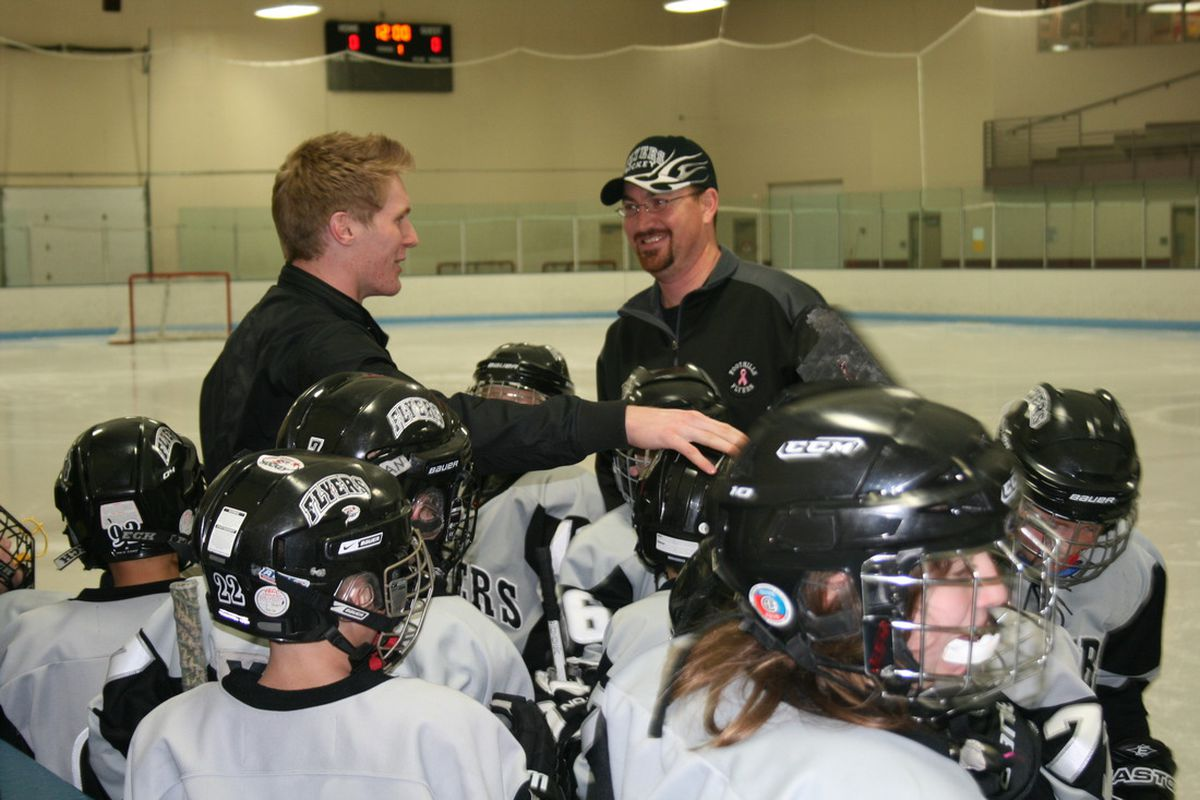 18 Dec 2011. Littleton, Colorado.  Gabriel Landeskog meets with young skaters at Edge Hockey Arena. (S. Gauthier, C. Bradley)