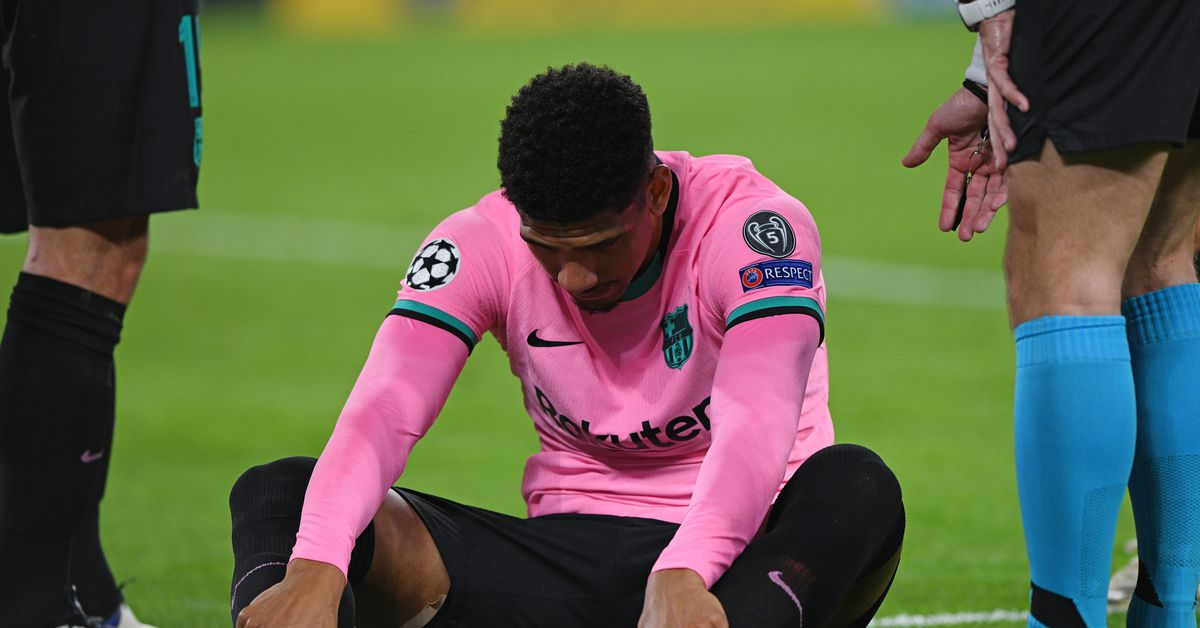 Barcelona centerback Ronald Araújo out for at least 2 weeks - Barca  Blaugranes
