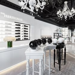 Yin-inspired scents are contained in black spheres, while yang fragrances are housed in white.
