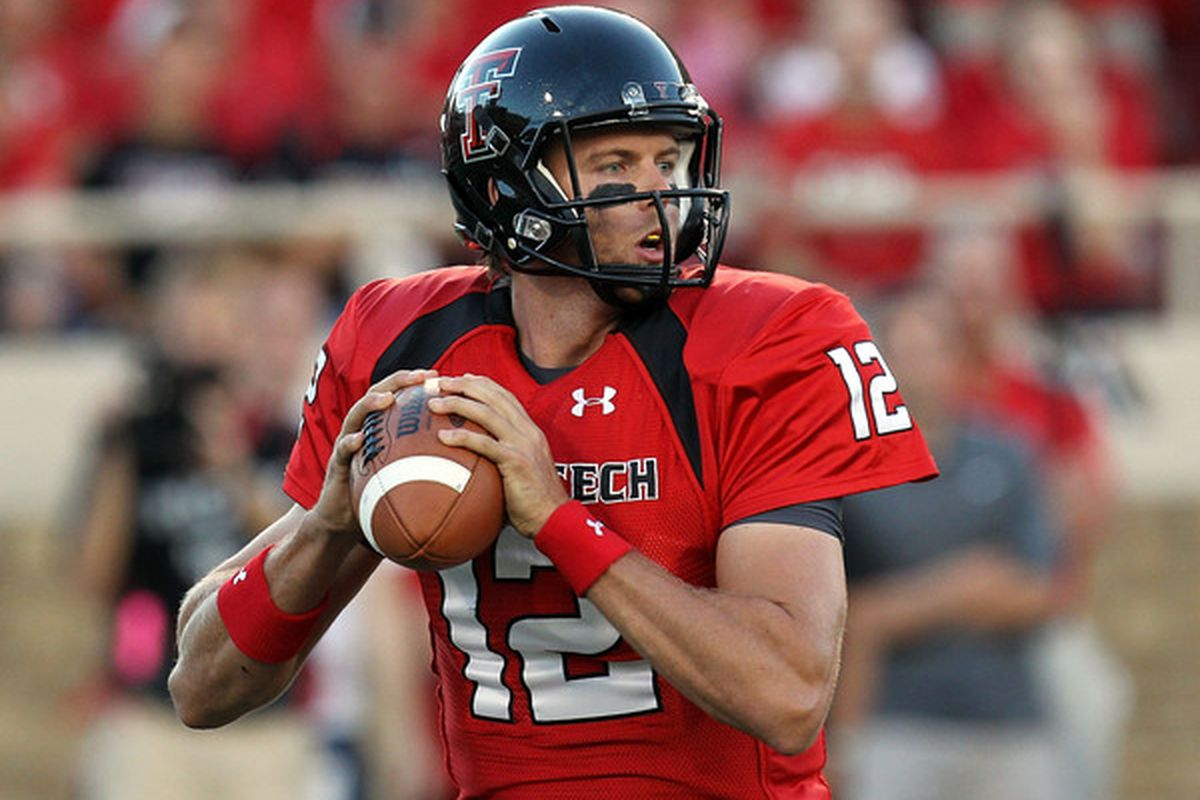 Taylor Potts was at the center of a highly publicized quarterback controversy at Texas Tech. The lessons Mike Leach learned from that experience probably mean a similar mess with Jeff Tuel and Connor Halliday is unlikely at WSU.