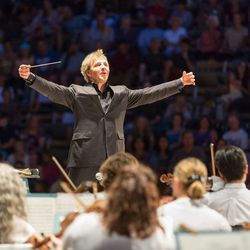 Thierry Fischer will conduct the Utah Symphony this weekend in performances of Beethoven's Fifth Symphony.