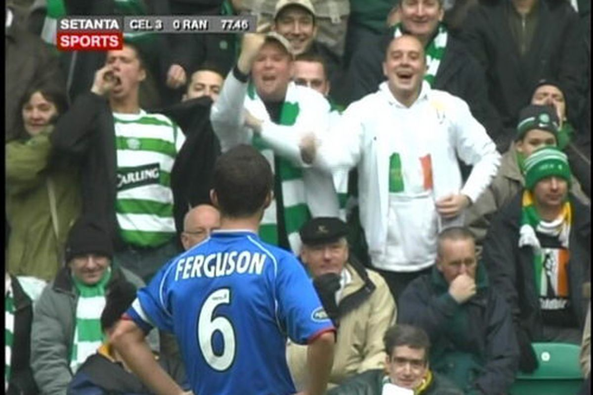 """<strong>Celtic fans show their love for the Rangers.</strong>  via <a href=""""http://celtic.theoffside.com/files/2008/03/bawwy2.jpg"""">celtic.theoffside.com</a>"""
