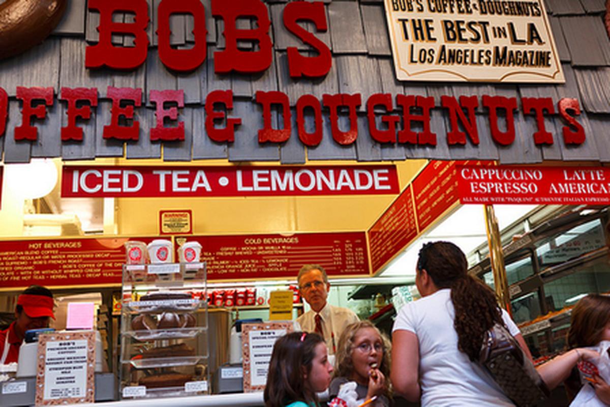 Bob's Coffee & Doughnuts, Farmers Market.