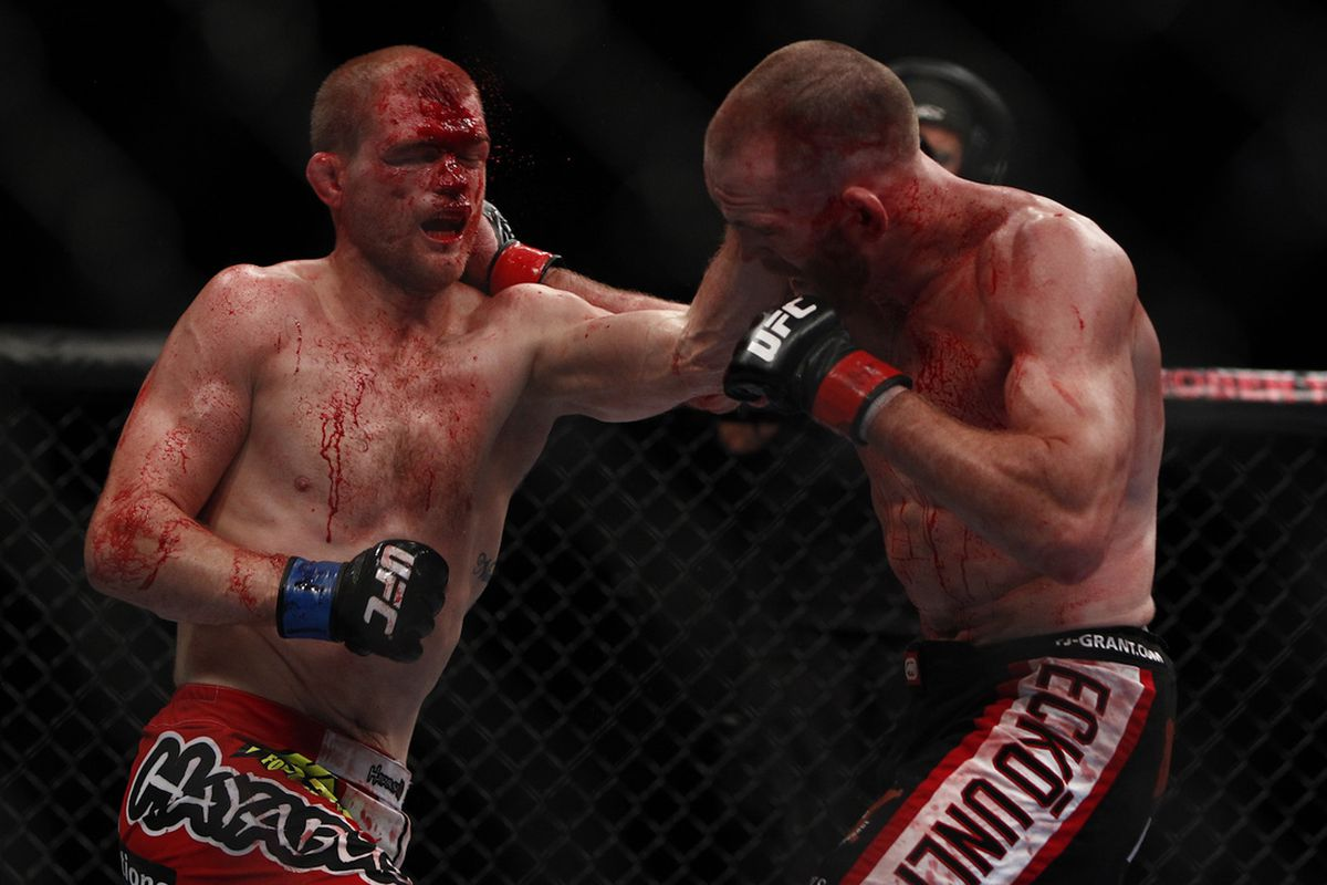 UFC 152 Results: TJ Grant Outpoints Evan Dunham in Fierce