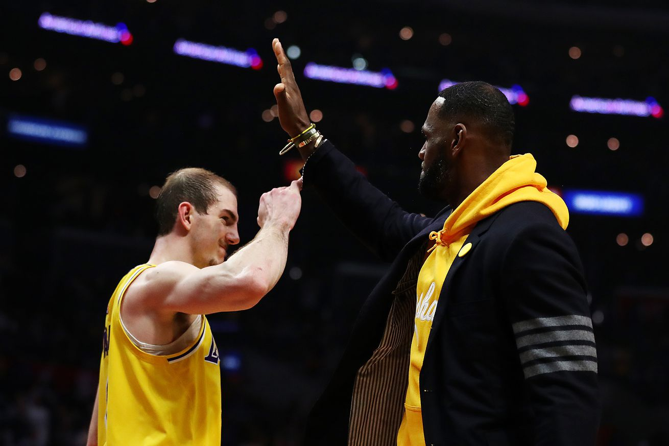 Alex Caruso still can't believe he plays for the Lakers