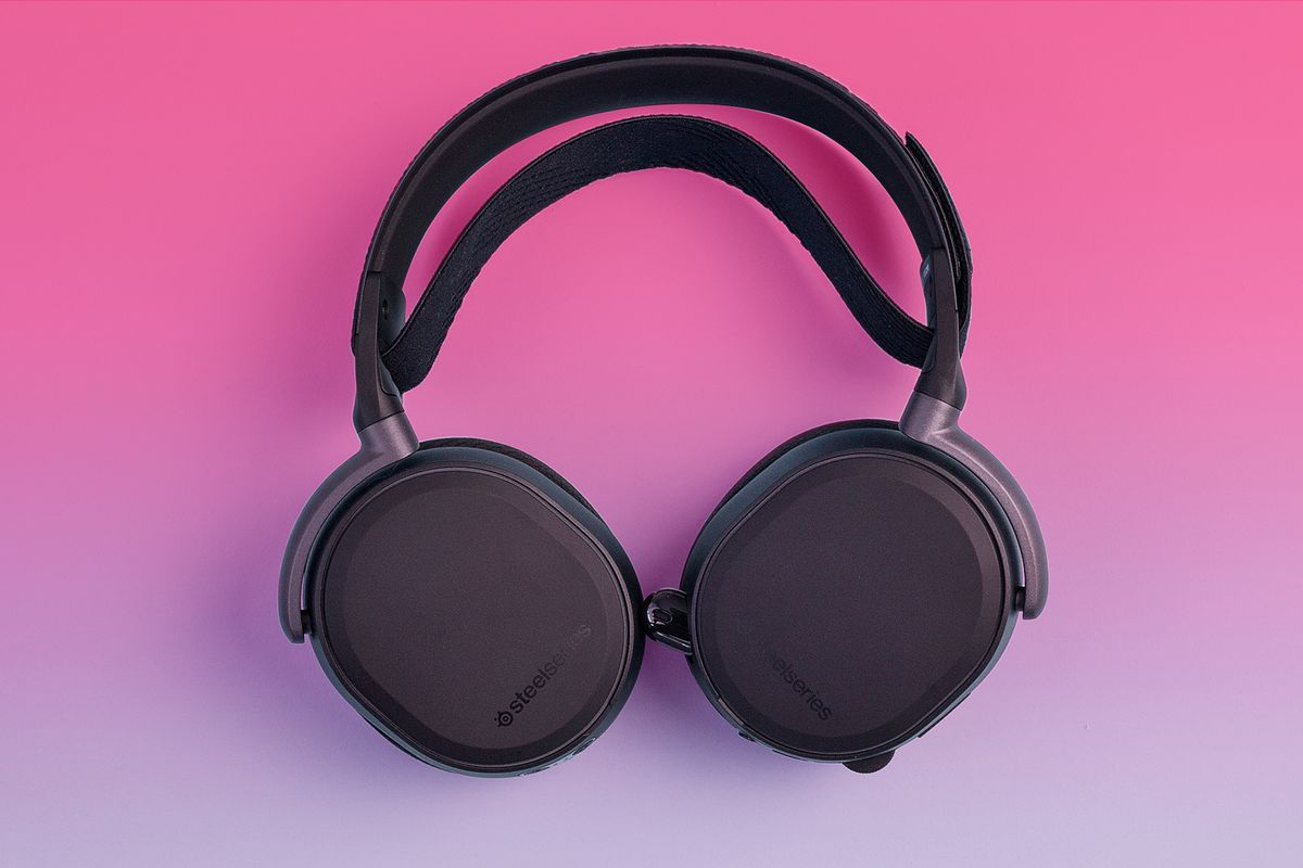 SteelSeries Arctis Pro Wireless on pink background
