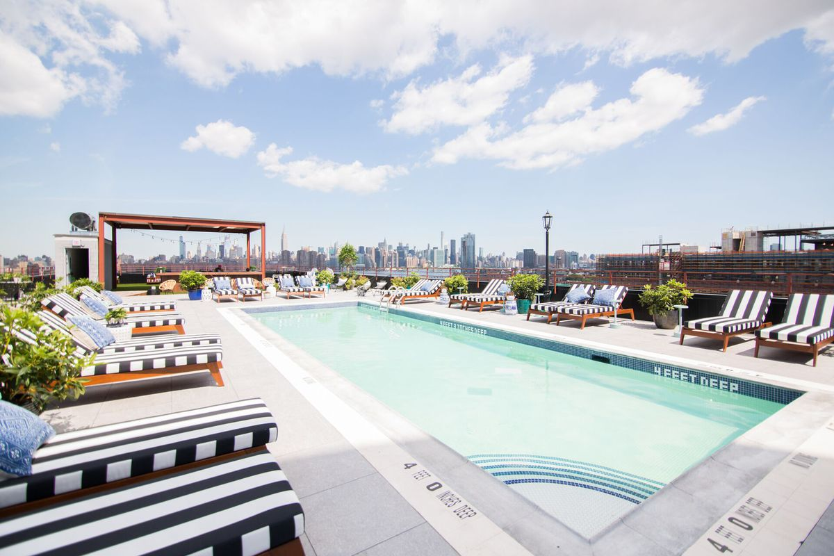 Williamsburg hotel s rooftop pool and bar opens in july - Hotel new york swimming pool roof ...