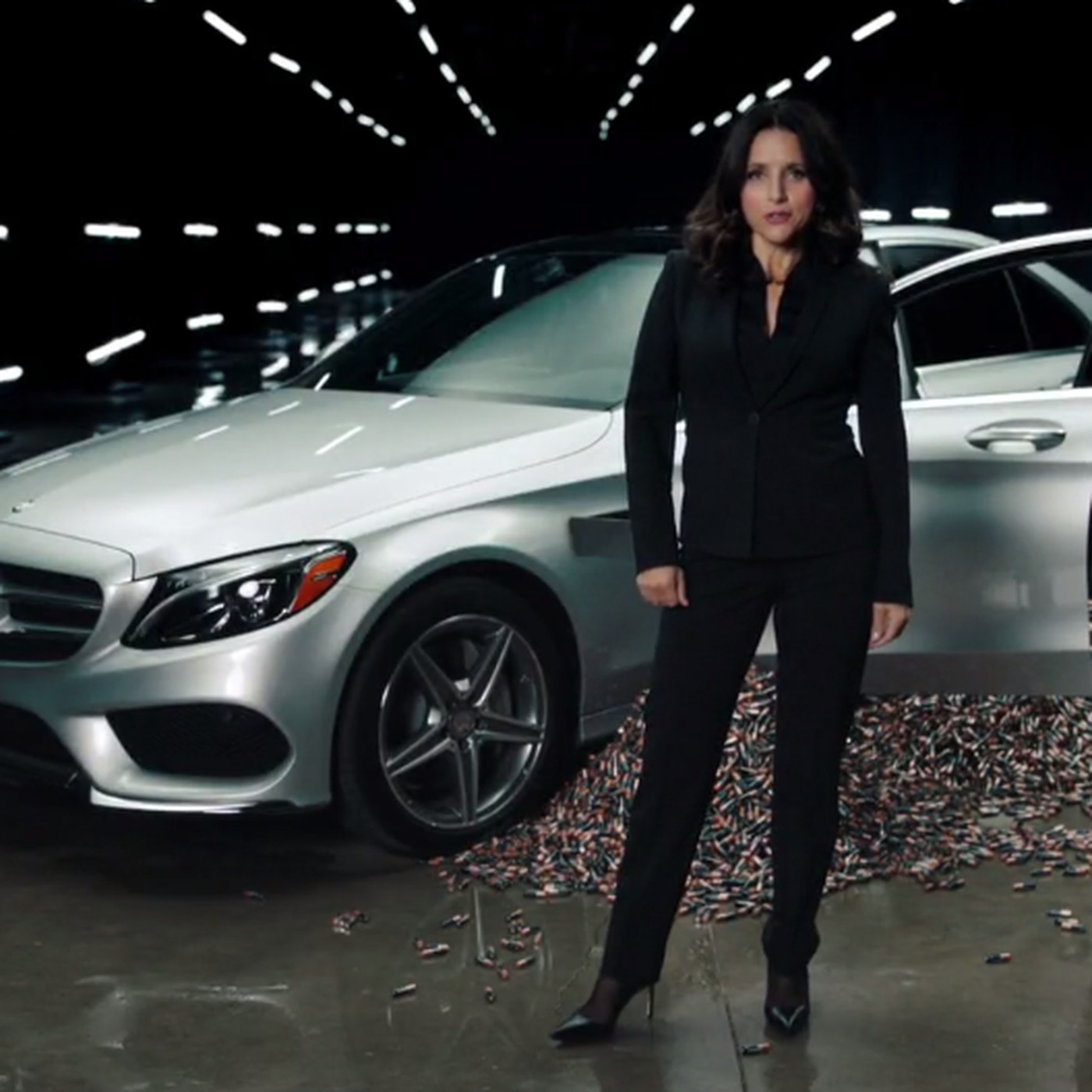 Mercedes-Benz responds to SNL's AA-battery powered car with its own