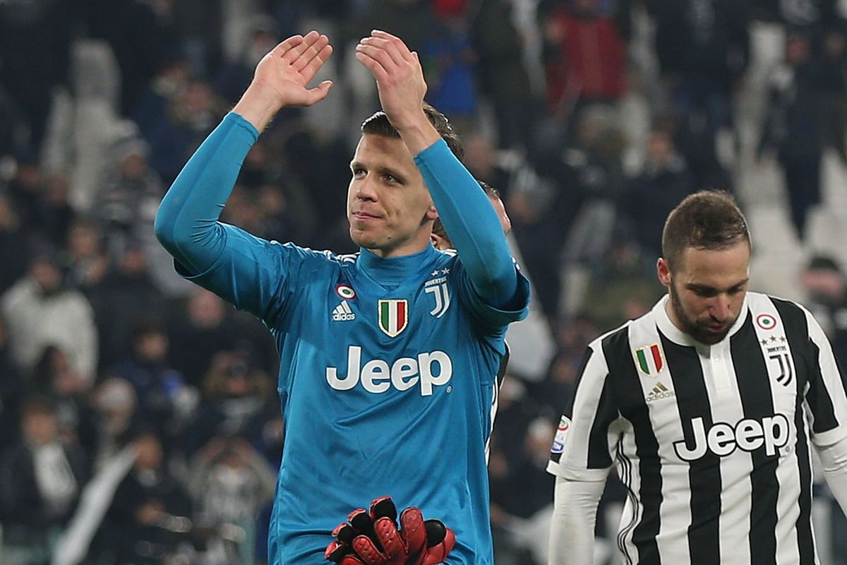 Szczesny Content At Juventus Behind Buffon Black White Read All Over