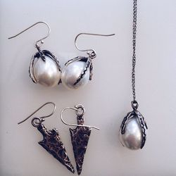 """Handcrafted by Bay Area jewelry designer <a href=""""http://www.laurenwolfjewelry.com/"""">Lauren Wolf</a>, these sterling silver pieces are the perfect marriage of spunky and sweet. Tselaine's """"urban mom"""" clientele is gravitating toward the pearl earrings and"""