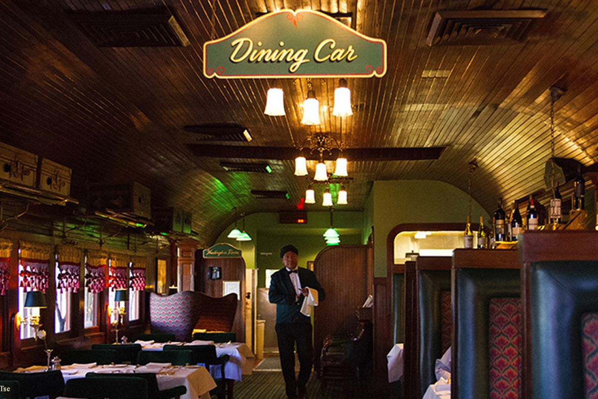 Pacific Dining Car on Sixth Street in Downtown Los Angeles
