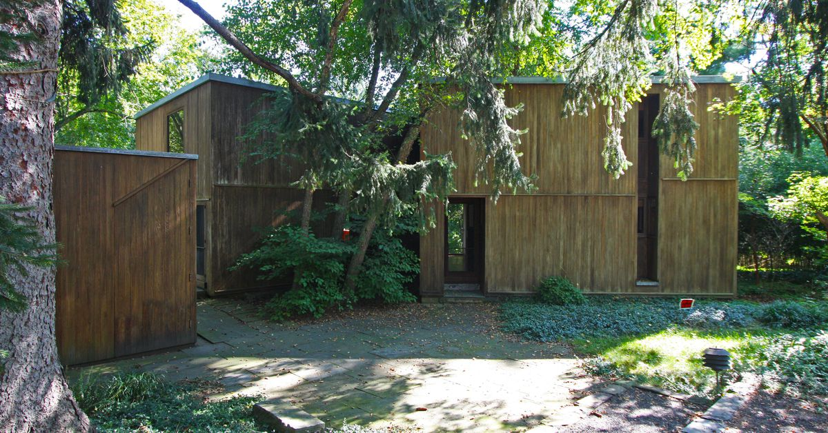 9 Homes Louis Kahn Designed In And Around Philly