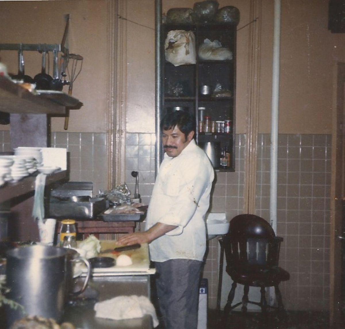 Samuel Linares in the kitchen at his restaurant, La Casa de Samuel.