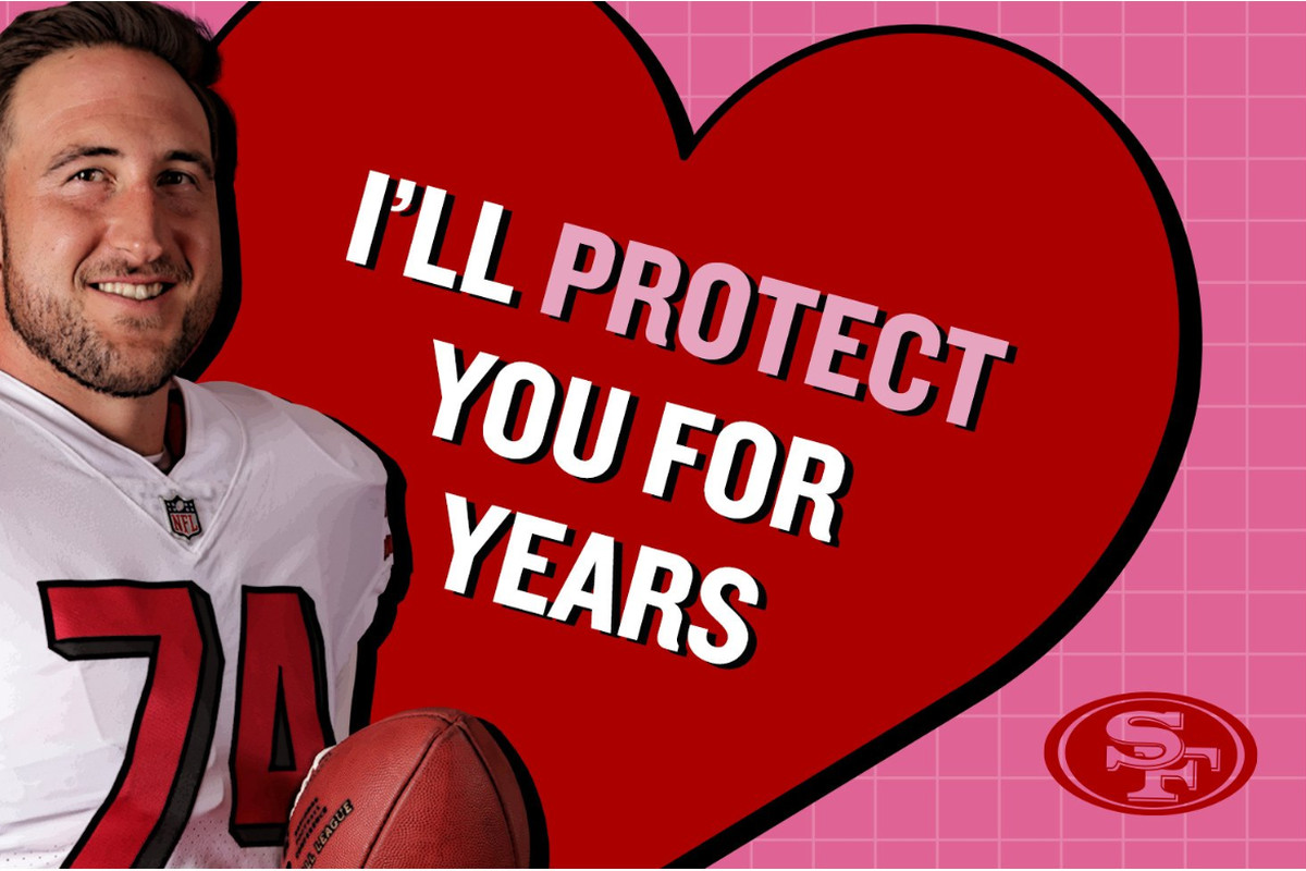 finest selection 36fd4 ce7cf Frank Gore backs up Joe Staley's valentine in the literal ...