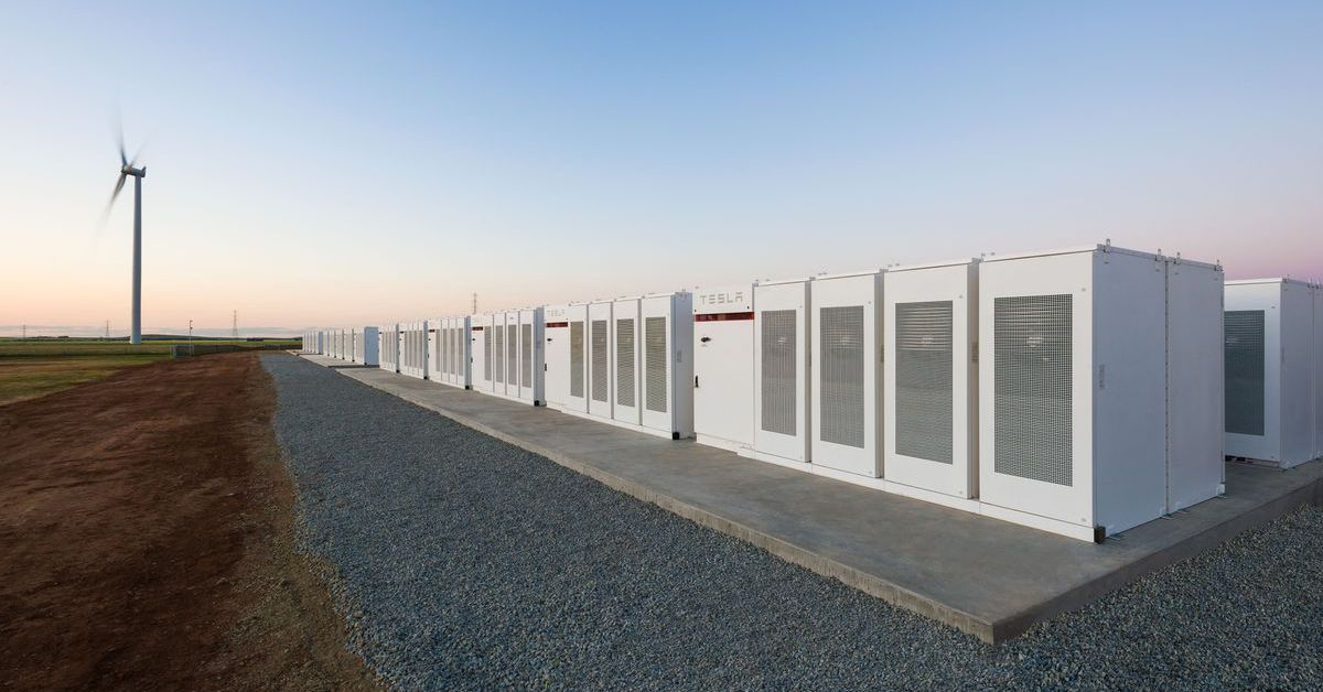 Elon Musk has finished building the world's biggest battery in less than 100 days