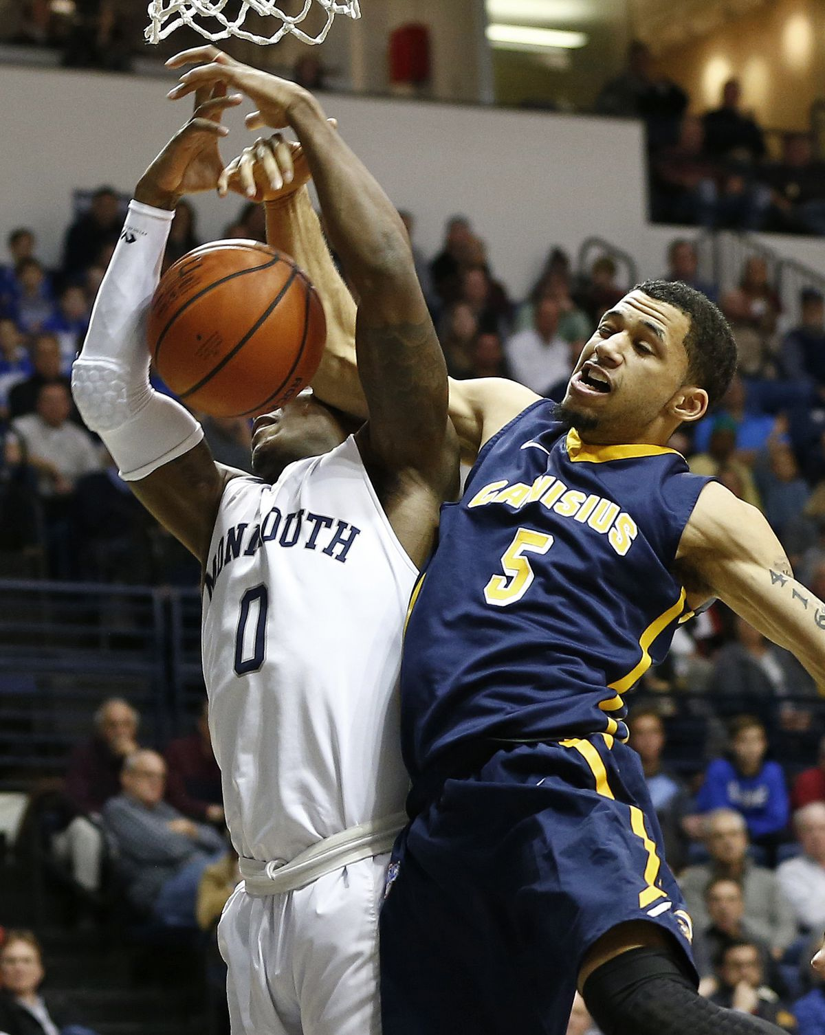Canisius v Monmouth