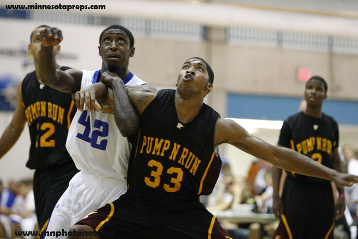 Junior college forward Carlos Emory appears to be on the Zags radar for 2011.