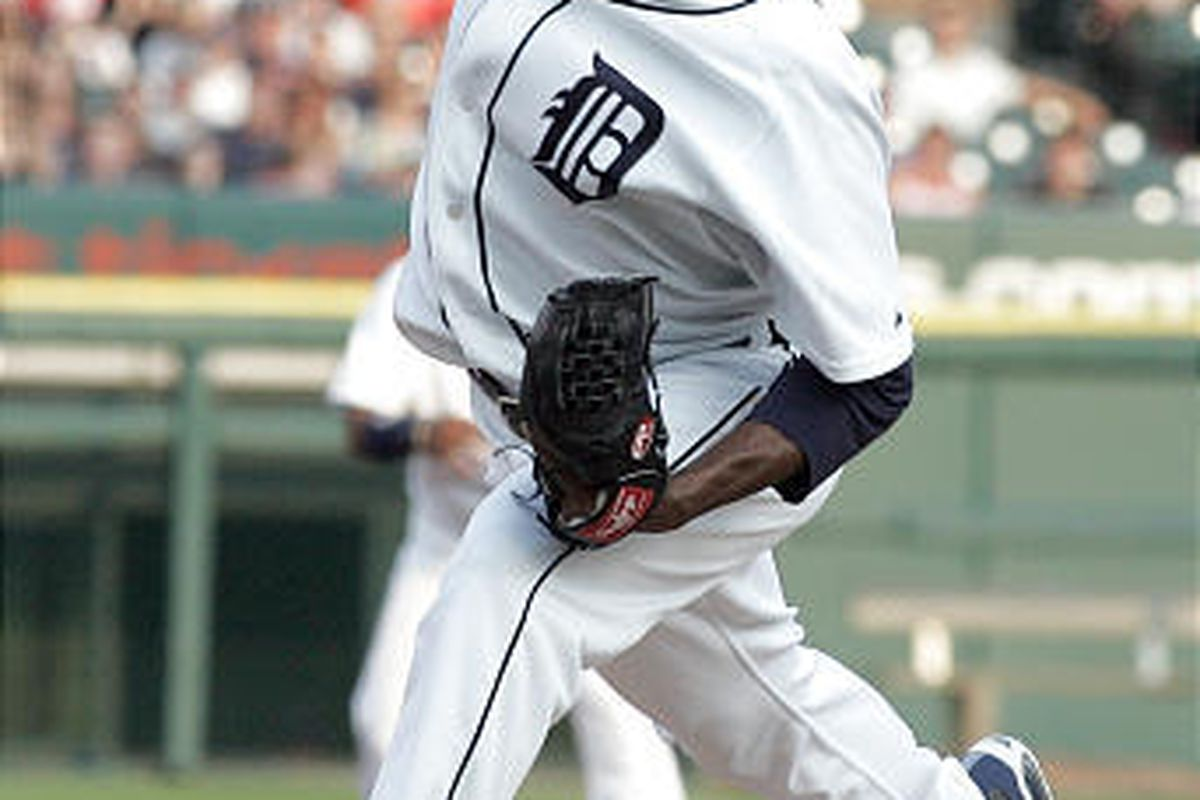 Detroit Tigers' pitcher Edwin Jackson works against the Kansas City Royals.