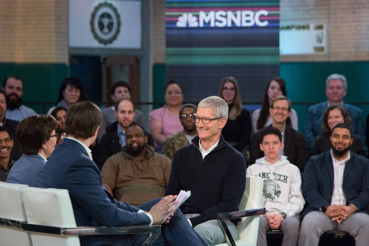 """Apple CEO Tim Cook onstage with Kara Swisher and Chris Hayes at Recode-MSNBC """"Revolution"""" event in Chicago"""