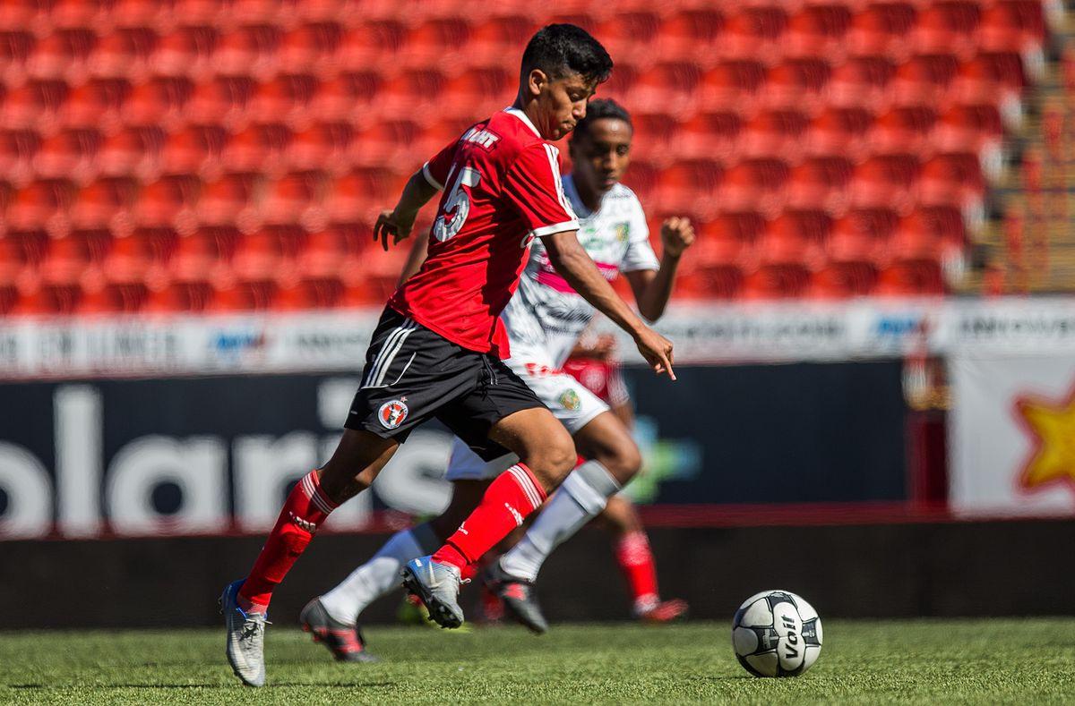Antonio Nava as a member of Club Tijuana's U17 squad in a match against Chiapas FC in October of 2016.