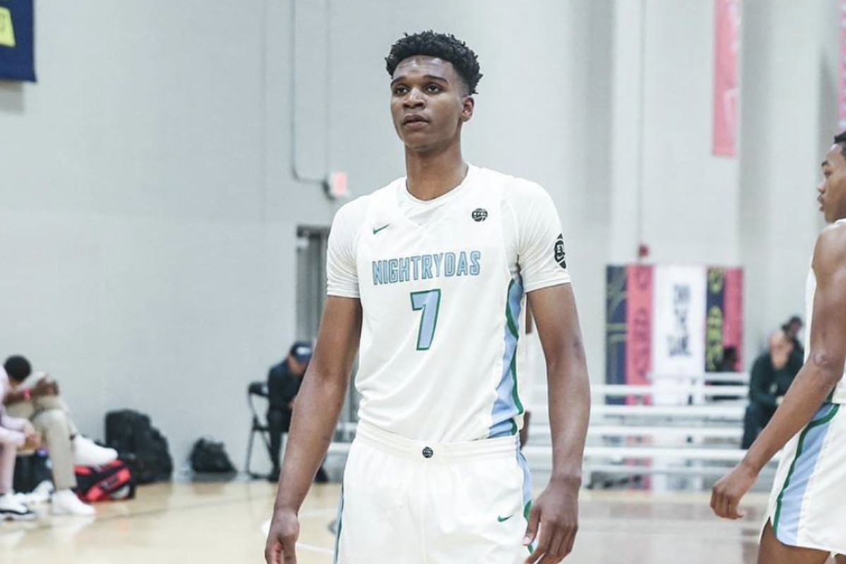 Why Isaiah Todd has not signed with Michigan basketball yet