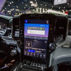 the new 2019 ram 1500 has a massive 12 inch touchscreen. Black Bedroom Furniture Sets. Home Design Ideas