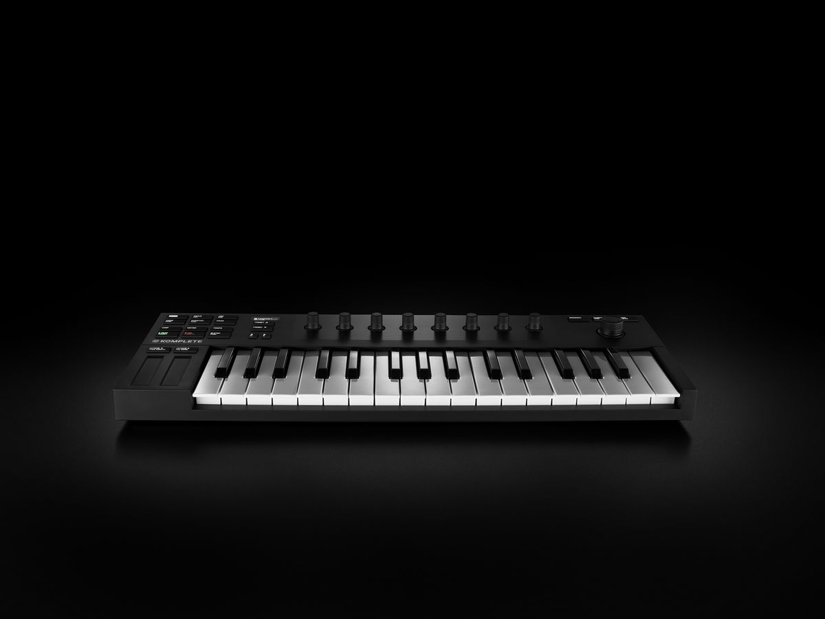 native instruments new keyboard controller is affordable and backpack ready the verge. Black Bedroom Furniture Sets. Home Design Ideas